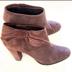 KATE SPADE Bison Bow Booties Size 8.5